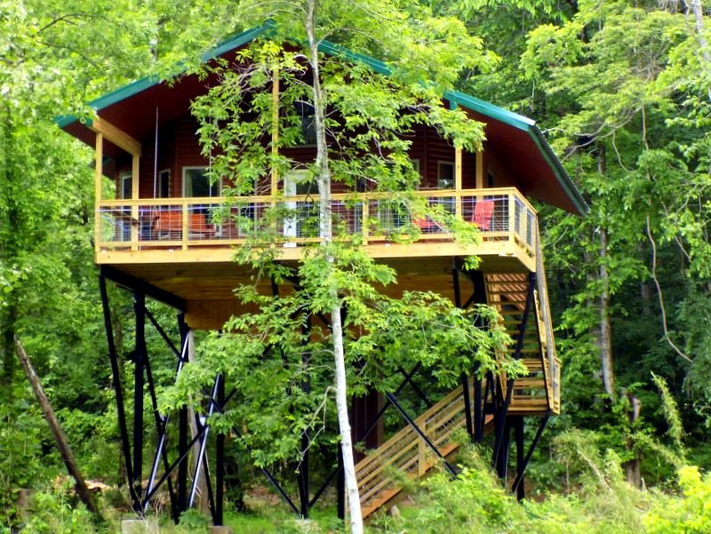 Missouri Romantic Tree House Cabin