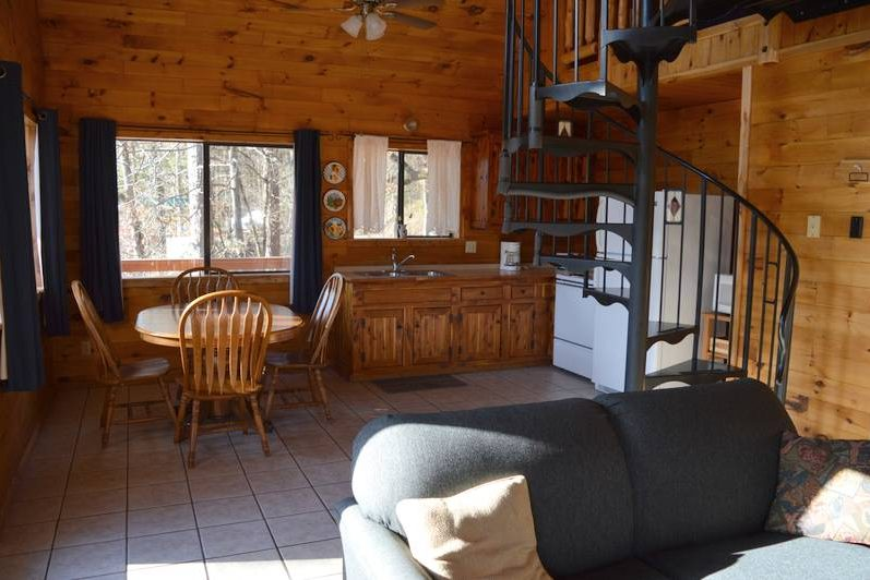 Missouri Tree House cabins, North Fork White River, romantic getaway, couples