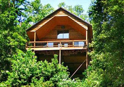 Missouri Treetop Loft Family Vacation Treehouse Cabin